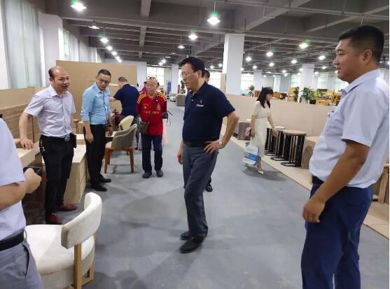 协会第75届副会长活动在东莞市爱心家居有限公司举行